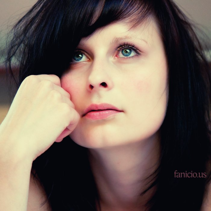 female (34)